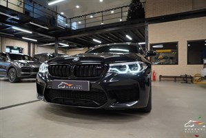 BMW M5 4.4 V8 Bi-Turbo (600 л.с.) - фото 12943