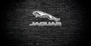 Jaguar E-Pace P300 (300 л.с.)