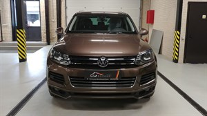 Volkswagen Touareg 3.0 TDi (211 л.с.)