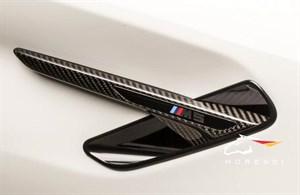 Карбоновые накладки на крылья M Performance.