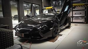 Lamborghini Aventador 6.5 V12 (700 л.с.)