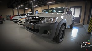 Toyota Hilux 2.5 D4D (120 л.с.) (120 л.с.)